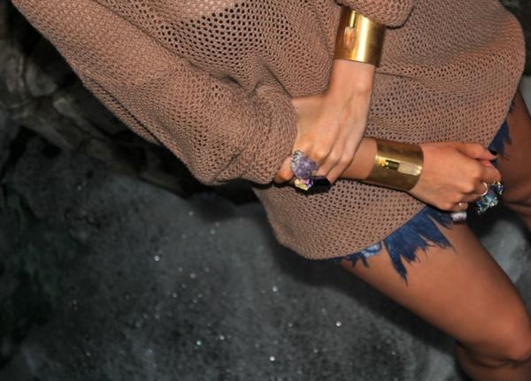 https://nininicole.files.wordpress.com/2012/05/chase-dakota-amethyst-ring-and-metal-cuffs.jpg?w=300